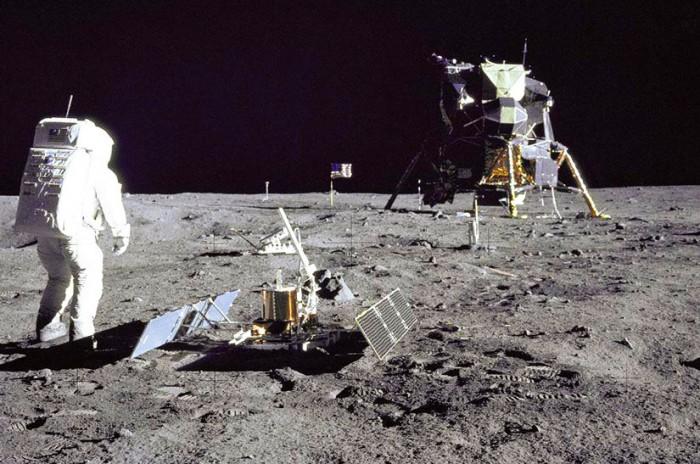 Невероятные-факты-о-Луне