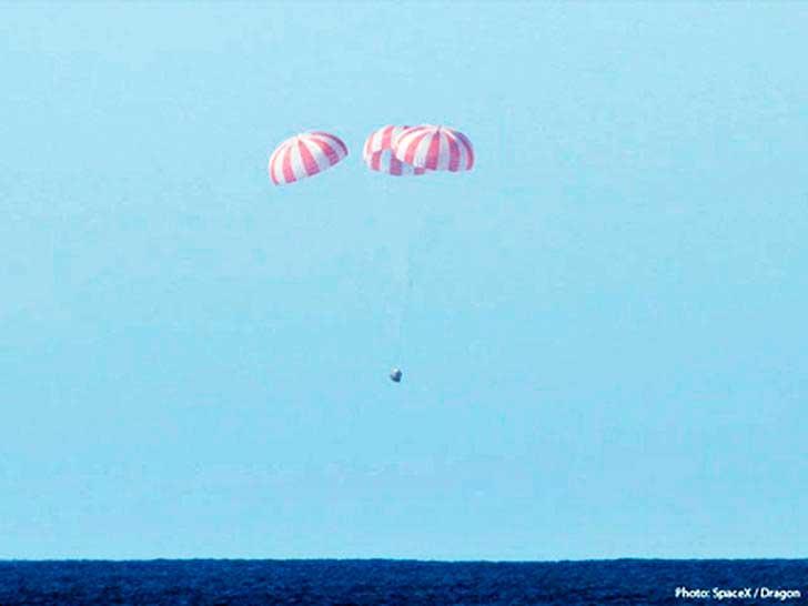 Испытания-парашютных-систем-CST-100-Starliner-и-Dragon-2-1