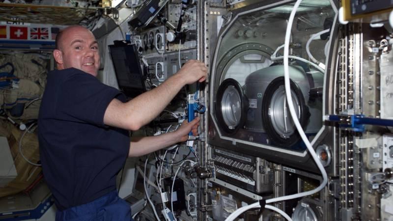 МКС и заменили часть проводки