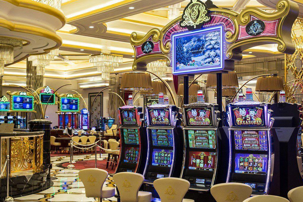 Космическое казино Вулкан: каждому игроку – бонусы, слоты, призы!