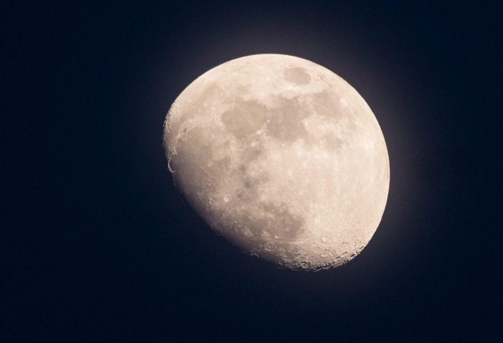 Китай пополнит коллекцию лунных образцов в 2020 году